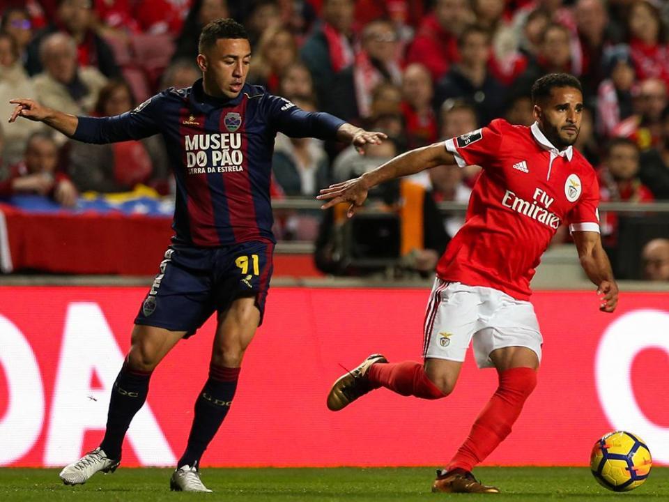 Douglas despede-se do Benfica: «Foi uma honra vestir esta camisola»