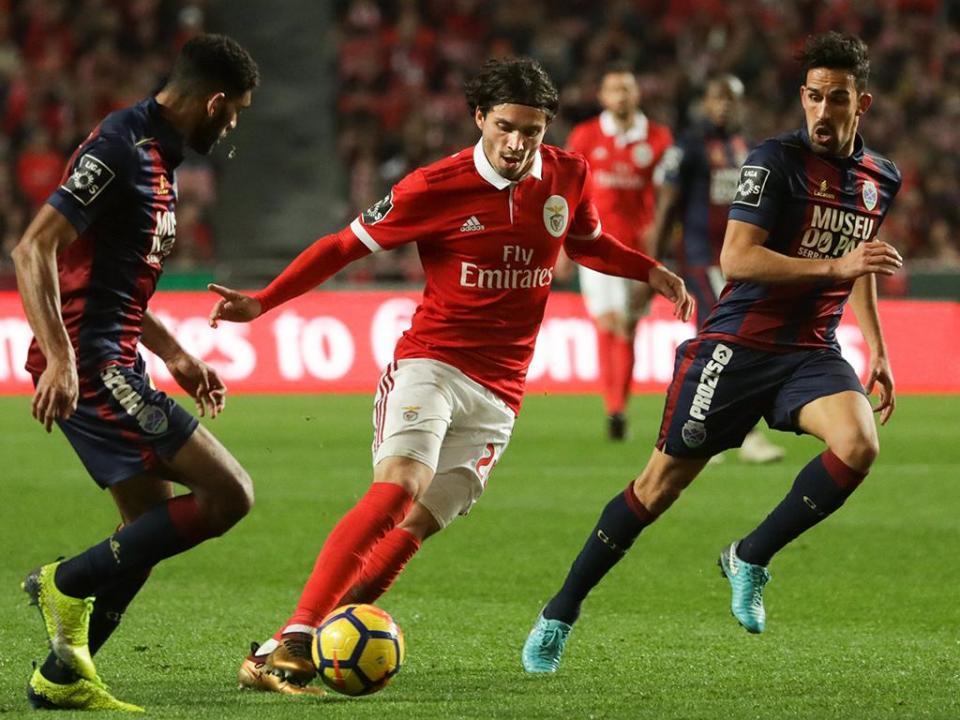 Benfica: Krovinovic entra no último mês de recuperação