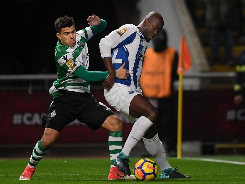 FC Porto: Danilo e José Sá continuam no boletim clínico