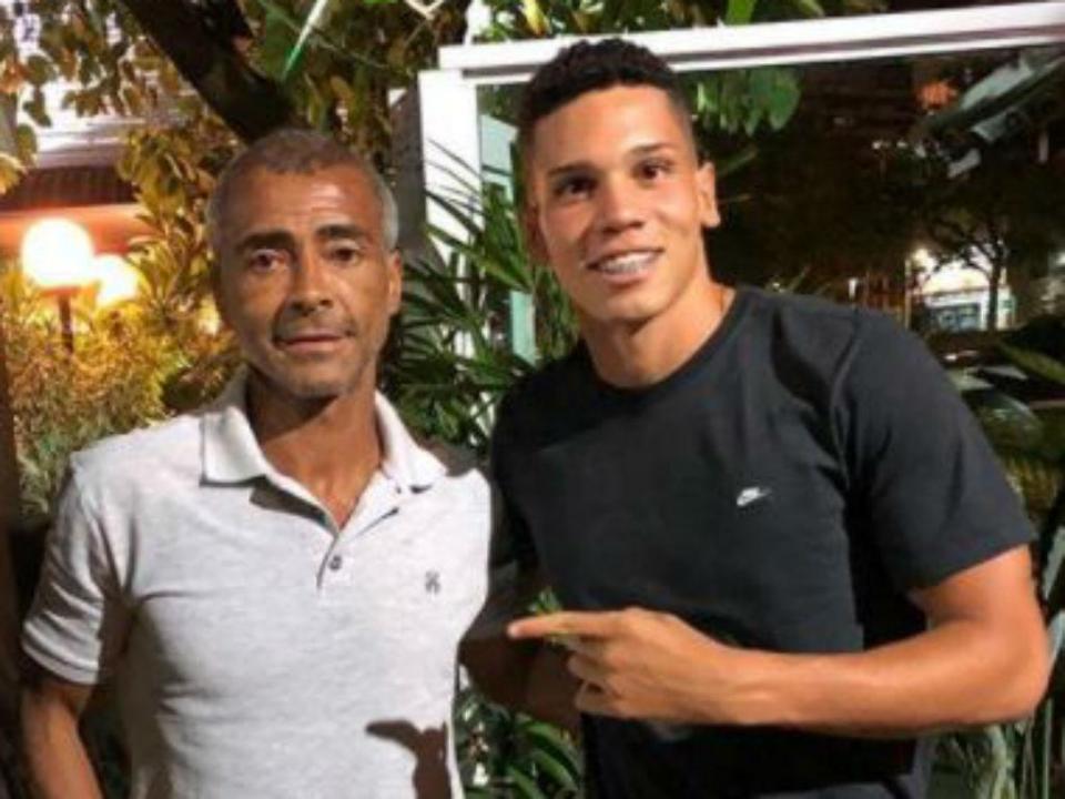 OFICIAL: Leverkusen contrata promessa do Vasco da Gama