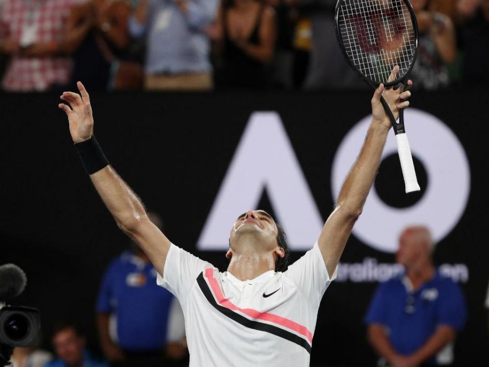 Ténis: Federer dá lição a Coric e fica a um triunfo do título 100