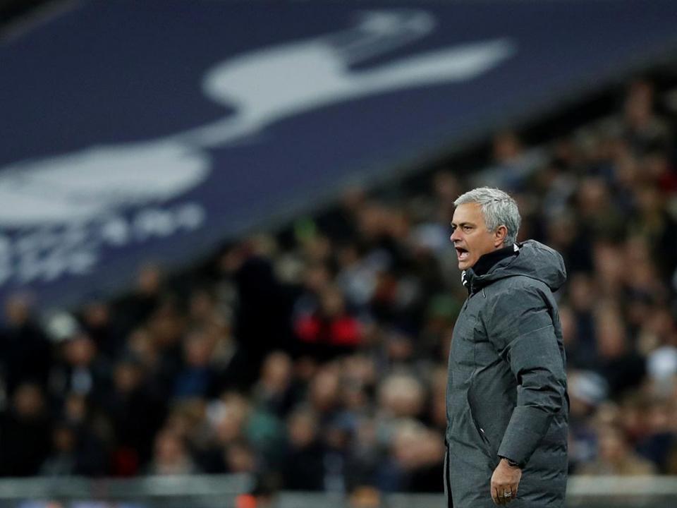 Mourinho para comentadores: «São pagos para ler e explicar o jogo, não digam asneiras»