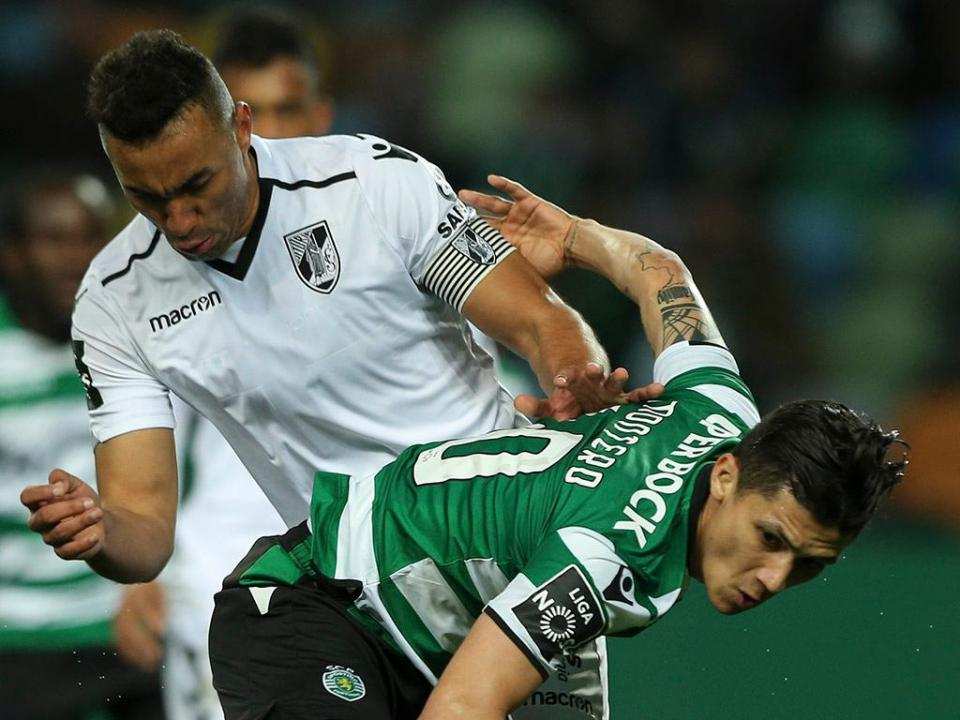 V. Guimarães: dupla de centrais em dúvida para jogo na Luz