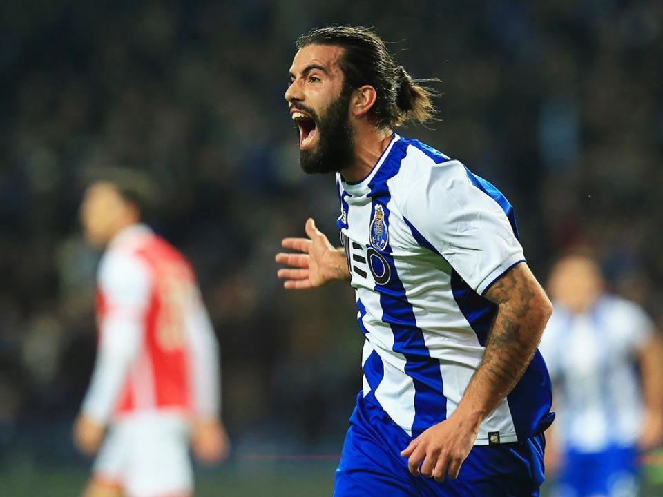 VÍDEO: o golo madrugador que colocou FC Porto em vantagem