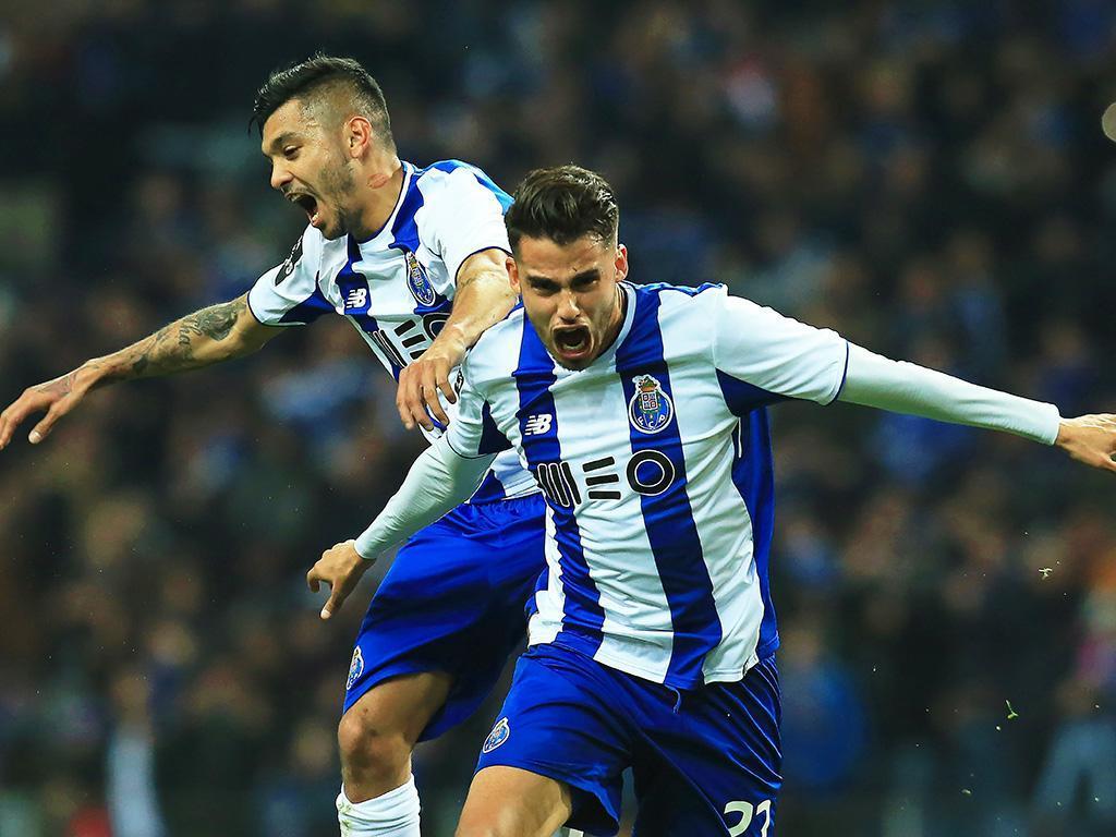 FC Porto-Feirense (equipas): dragão com Reyes para a consagração
