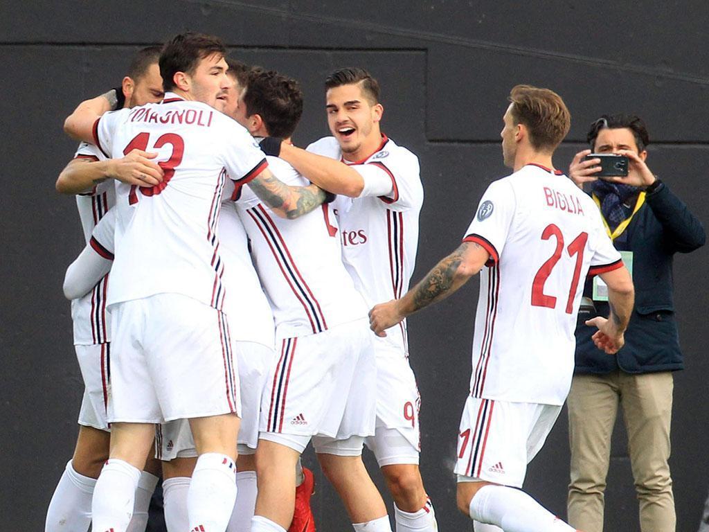 Dono do Milan desmente notícias de graves problemas financeiros