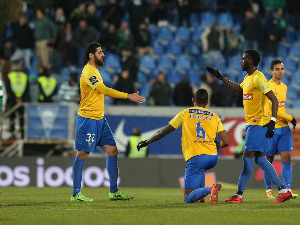 Estoril: Bruno Gomes foi expulso mas pode defrontar FC Porto
