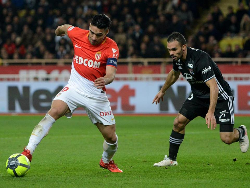 Mónaco decide reembolsar adeptos que foram ver equipa a Paris