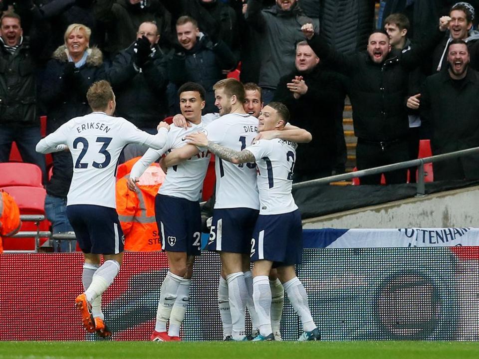 Inglaterra: Tottenham empata com equipa do terceiro escalão