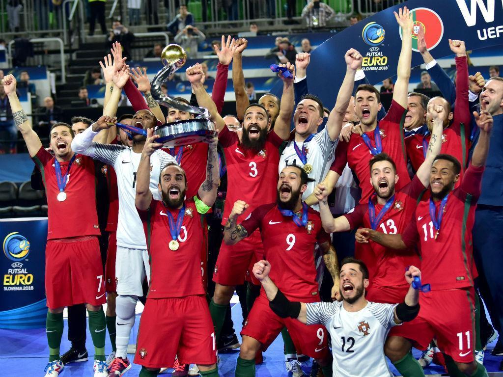 Aquela carpete em que somos campeões da Europa
