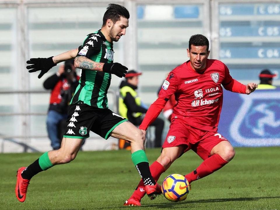 Itália: Sassuolo e Cagliari não foram além de um empate a zero
