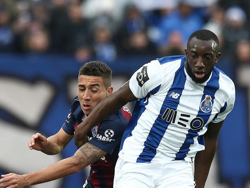 VÍDEO: Marega aumenta vantagem do FC Porto em Chaves