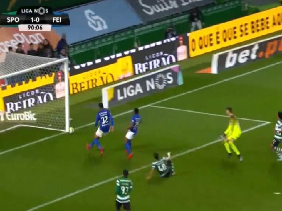 VÍDEO: Montero faz o 2-0 e descansa Alvalade ao cair do pano