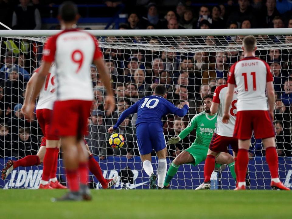 Chelsea volta a vencer, sobe ao «quarto» e afunda WBA