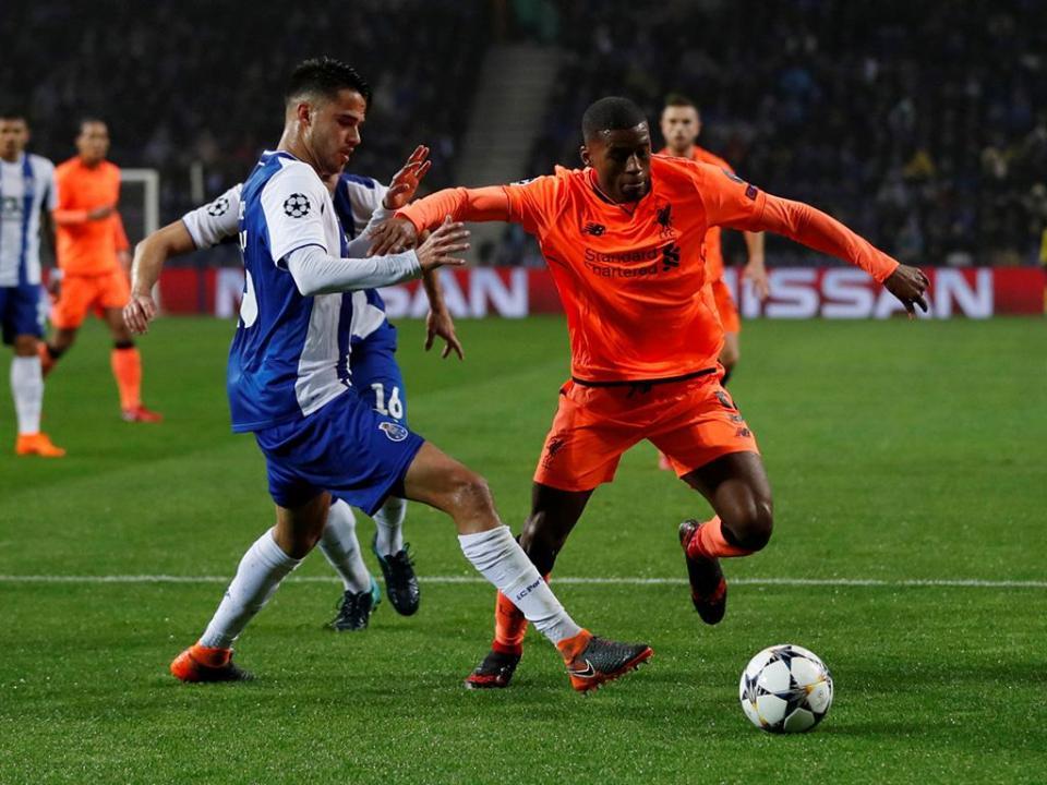 FC Porto: Reyes e Corona voltam para integrar boletim clínico