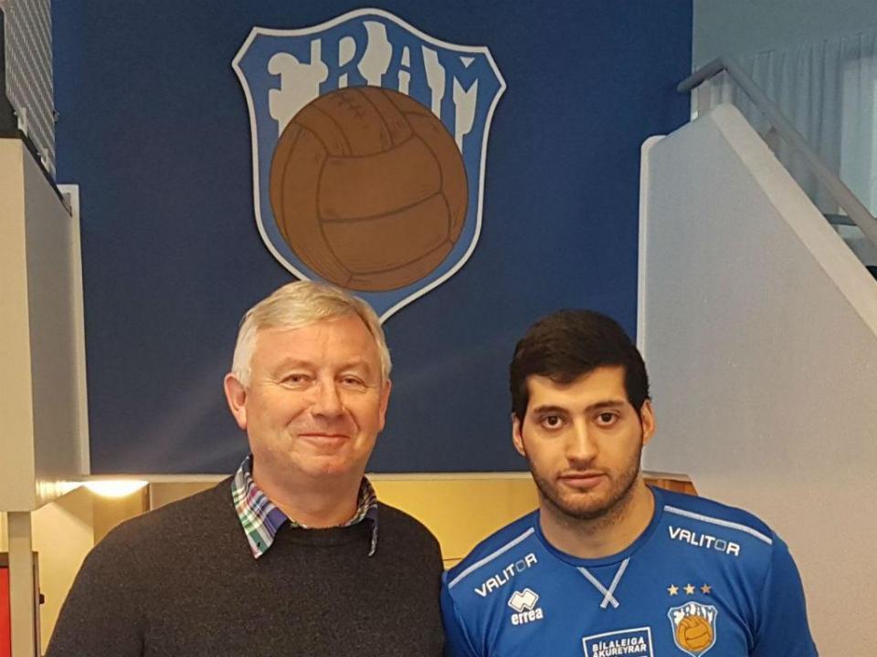 Islândia: Pedro Hipólito recebe médio formado no Sporting
