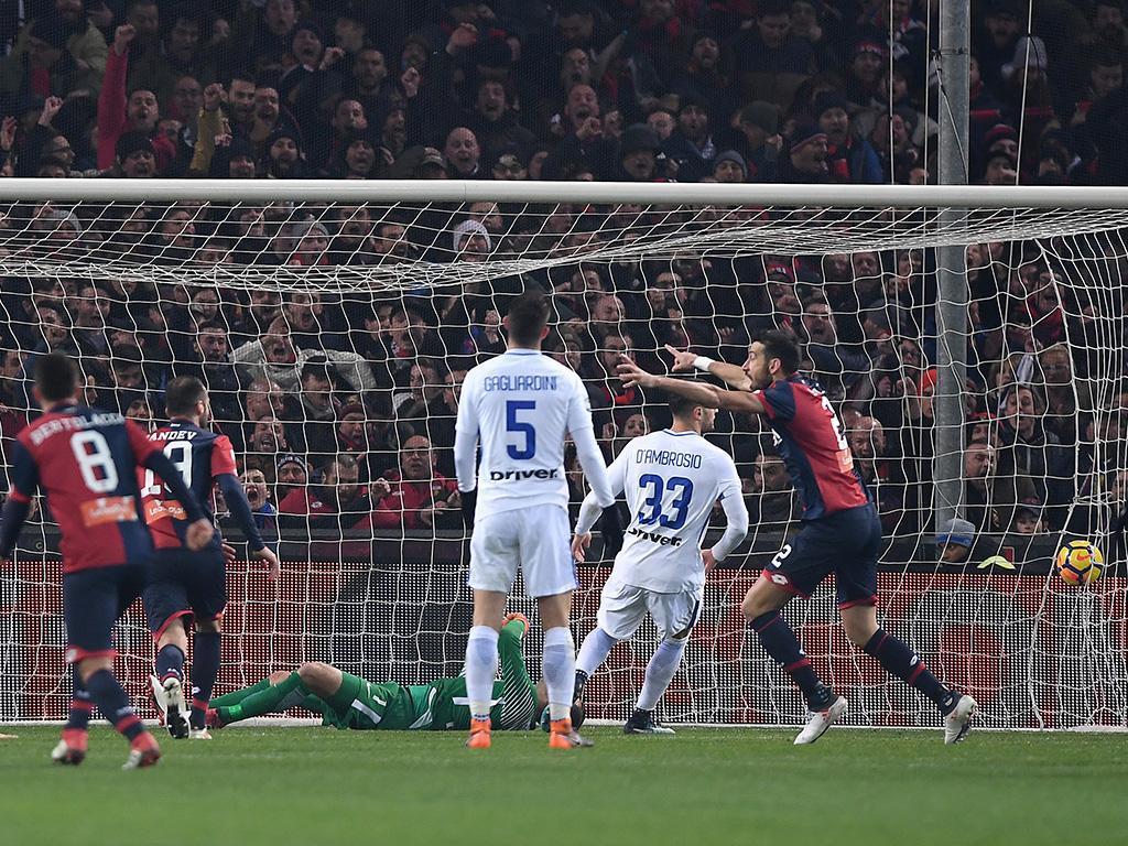 Génova abate Inter de Cancelo, que pode perder o 4º lugar