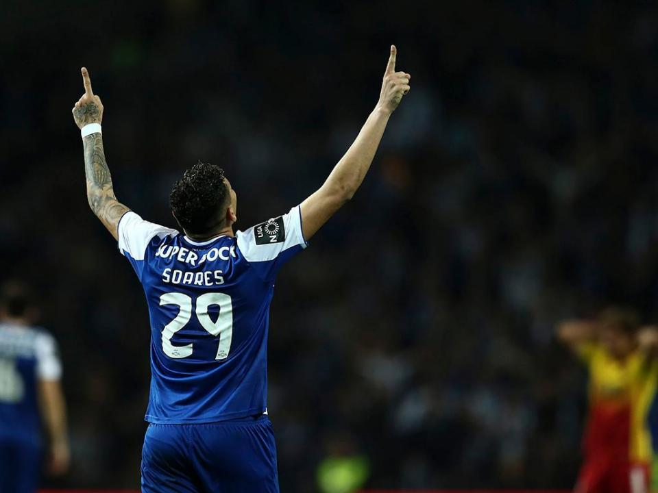 Estoril-FC Porto, 1-3 (resultado final)