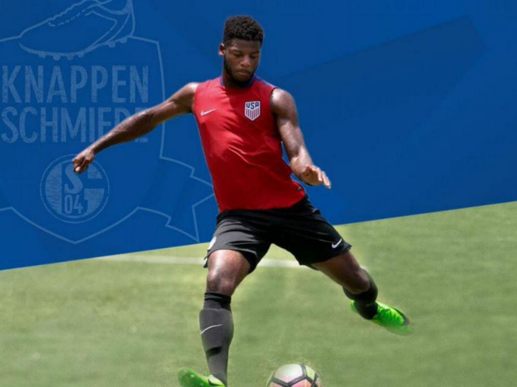 Alemanha: Schalke contratou avançado norte-americano de 17 anos