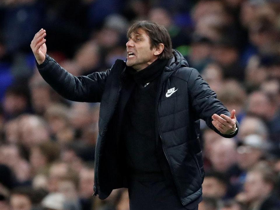 OFICIAL: Antonio Conte já não é treinador do Chelsea