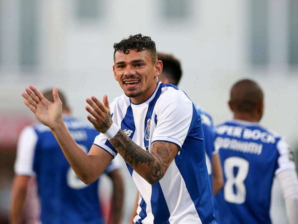 FC Porto: exame confirma lesão de Soares