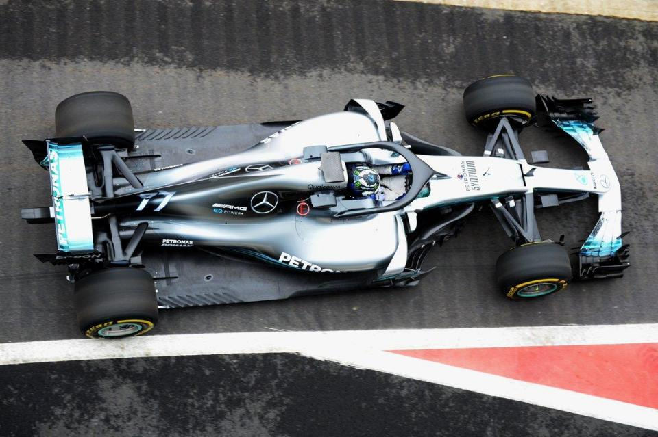 GP de Espanha: Mercedes arranca mais defensiva que a concorrência
