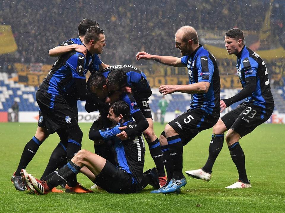 Itália: Atalanta contrata defesa ao Inter de Milão