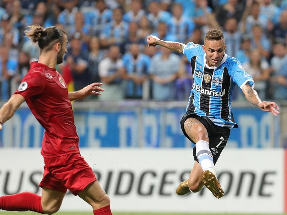 Libertadores: Grêmio inicia defesa do título com empate