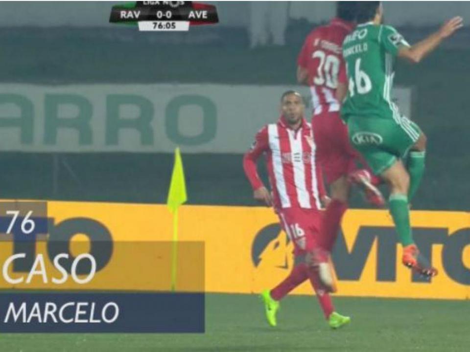 VÍDEO: Marcelo saiu de maca com um «galo» enorme na cabeça