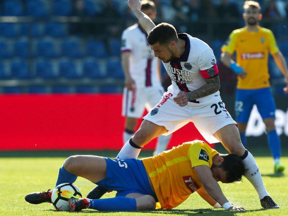 Desp. Chaves-Estoril, 2-0 (resultado final)