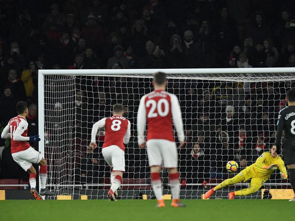 Aubameyang: «As críticas a Wenger são injustas»
