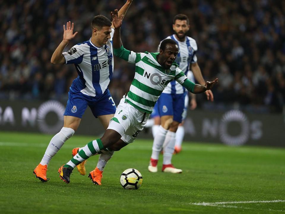 FC Porto: só Fernando Gomes supera registo de Dalot