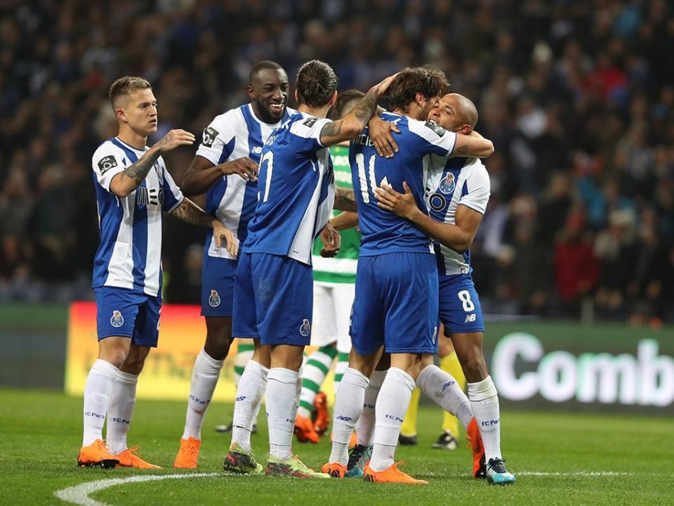 FC Porto: bilhetes esgotados no Dragão para o Restelo