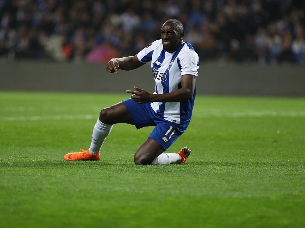 FC Porto: Marega mais perto da recuperação