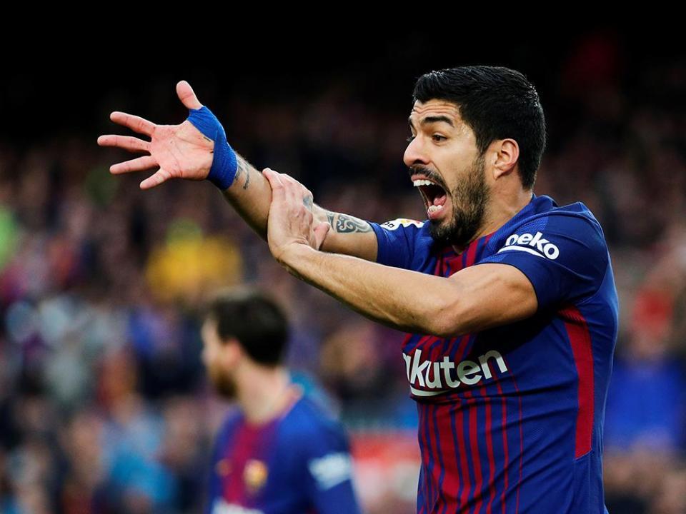 Suárez e Coutinho brilham pelo Barça na ausência de Messi