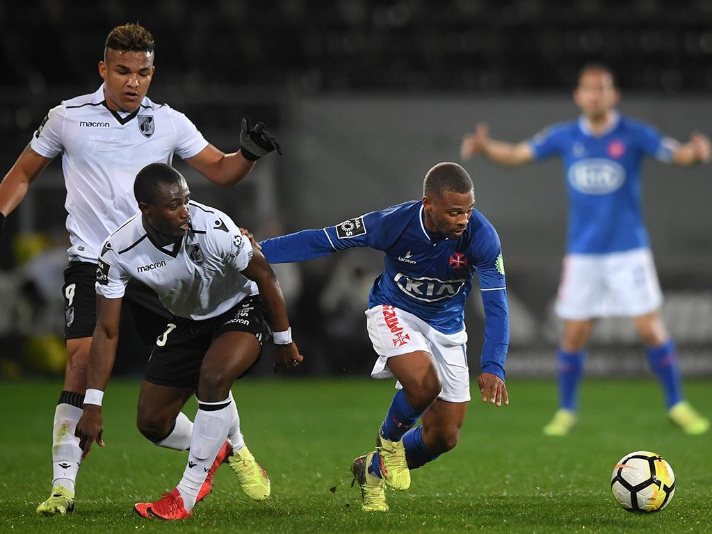 V. Guimarães-Belenenses, 0-0 (crónica)