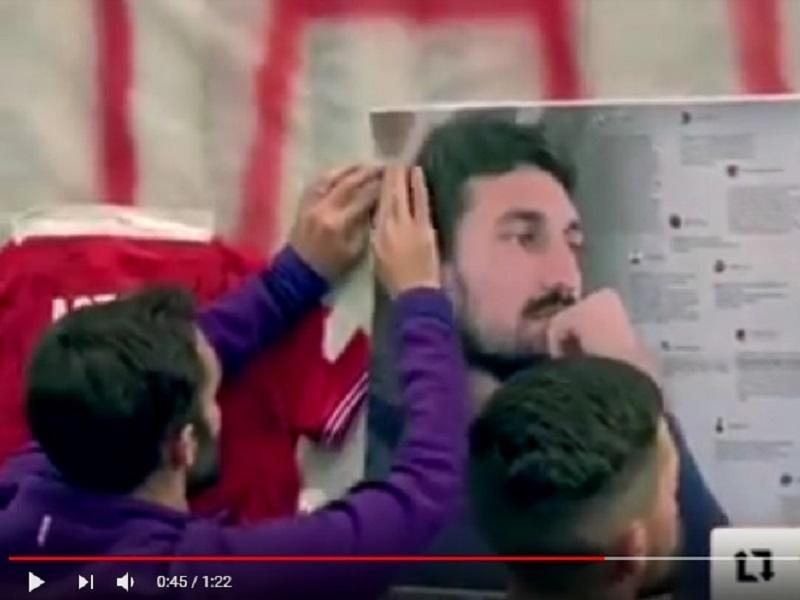 VÍDEO: a homenagem do plantel da Fiorentina a Astori