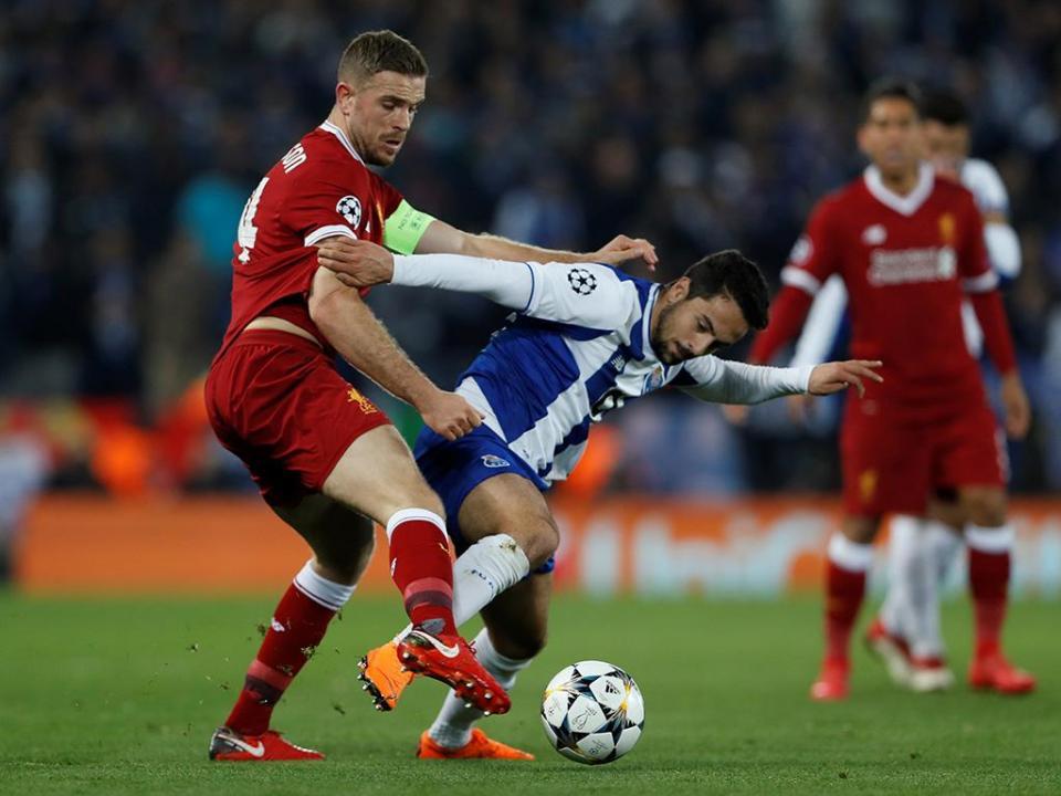 Marítimo negoceia empréstimo de Bruno Costa com o FC Porto