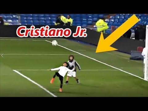 VÍDEO: filho de peixe sabe nadar, filho de Ronaldo...