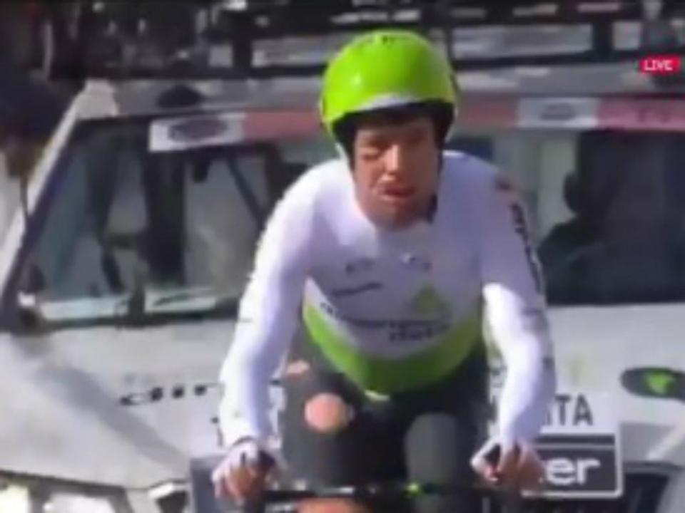 VÍDEO: Cavendish termina prova com costela fraturada