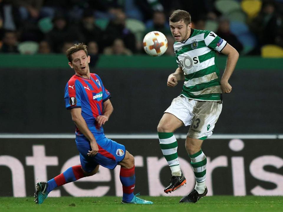 Ristovski titular no empate entre Macedónia e Azerbaijão