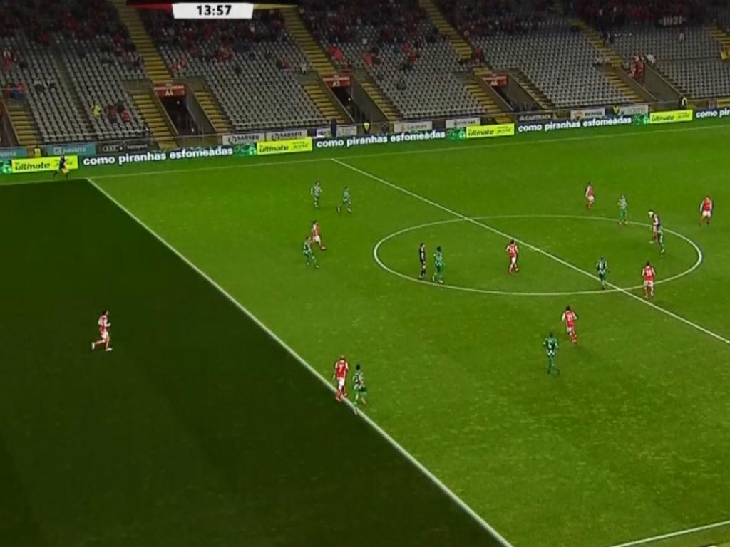 VÍDEO: árbitro anula, VAR valida e Sp. Braga marca mesmo