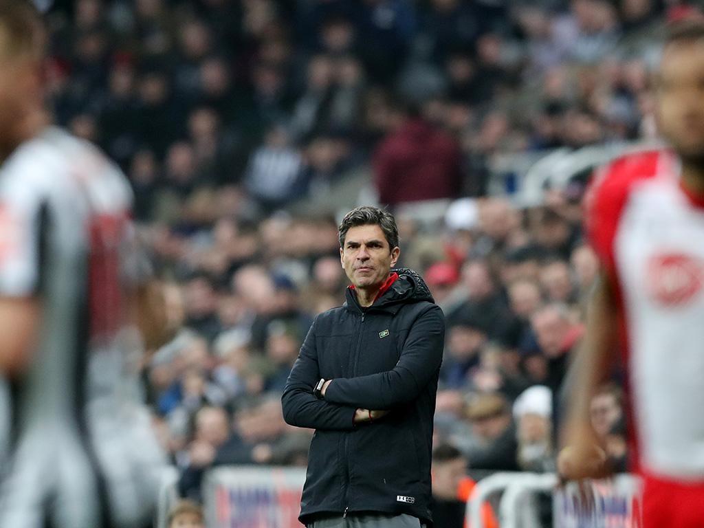 OFICIAL: Southampton demite Pellegrino