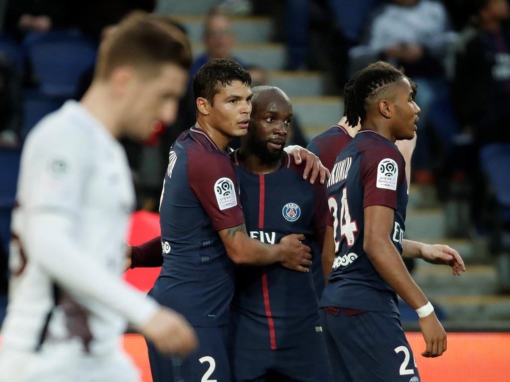 PSG goleia pós-choque europeu, Nkunku bisa pela primeira vez