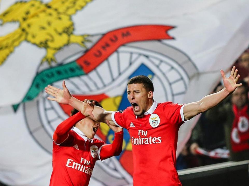 Benfica: Rúben Dias tem entorse e deve parar 15 dias