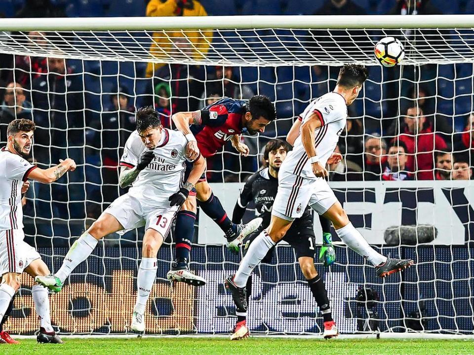 Tragédia em Itália  Milan-Génova e Sampdoria-Fiorentina adiados ... 45cb94230c5a4