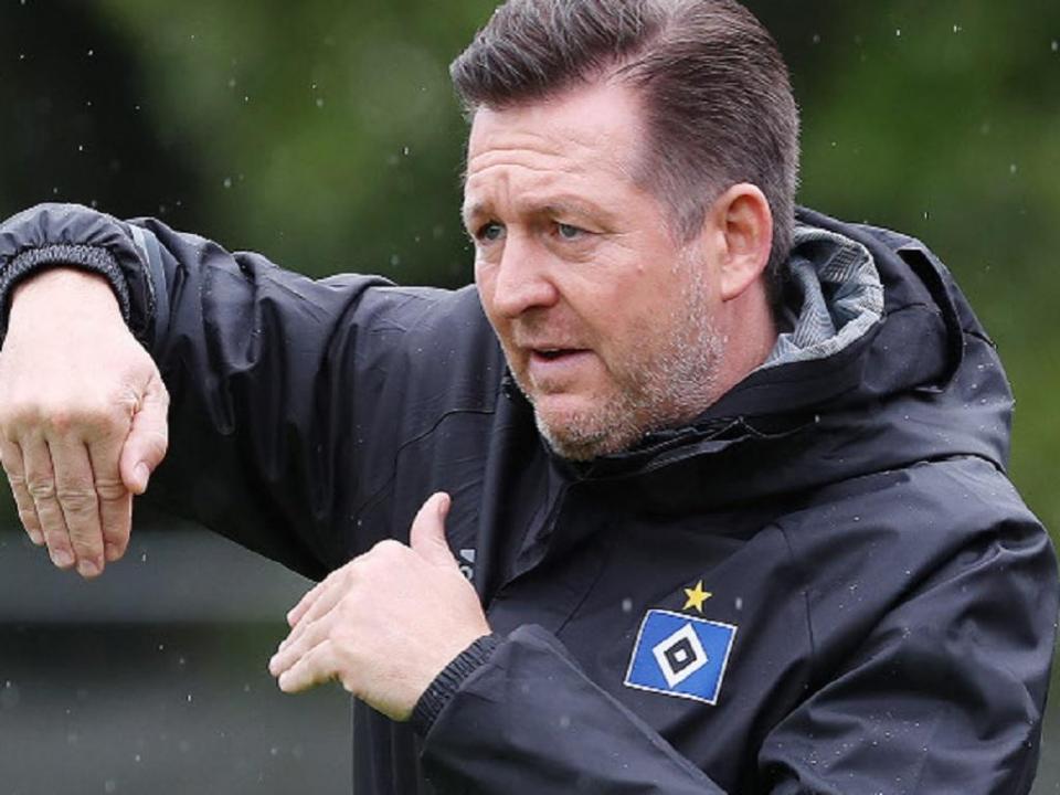 OFICIAL: Hamburgo anuncia mais uma troca de treinador