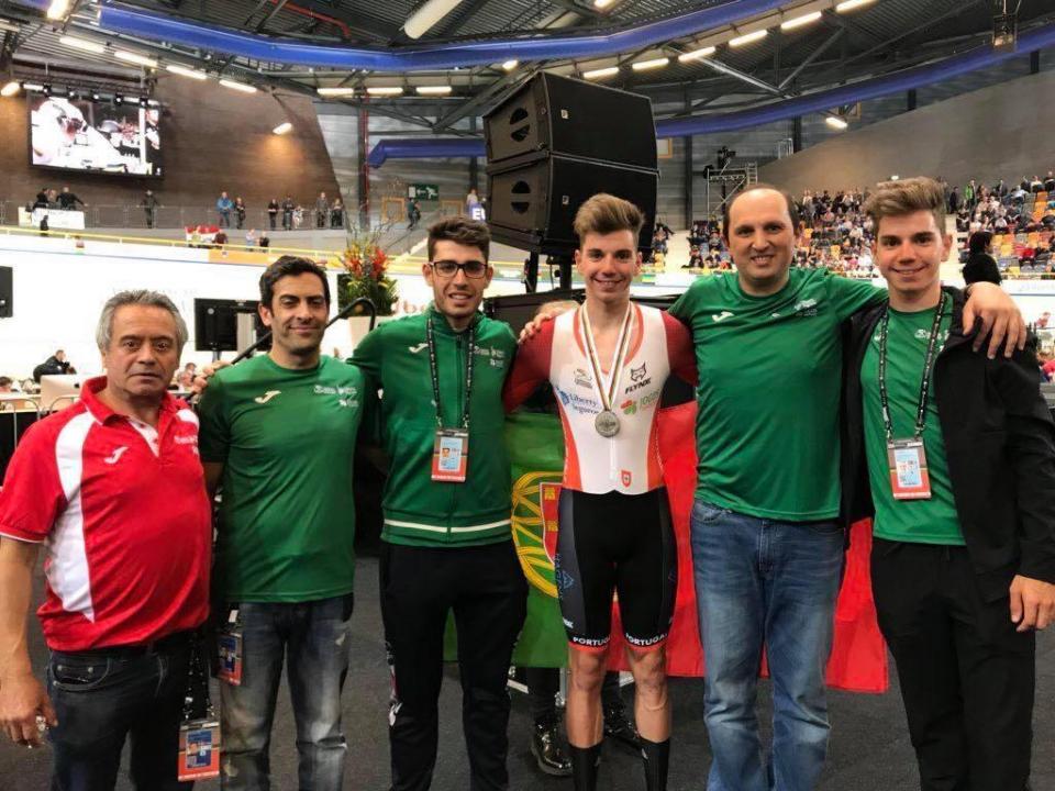 Ciclismo de pista: Ivo Oliveira vice-campeão europeu na perseguição