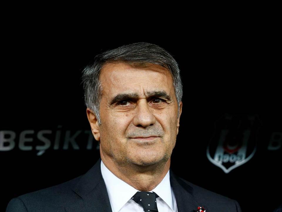Turquia: Senol Gunes vai deixar Besiktas para voltar à seleção