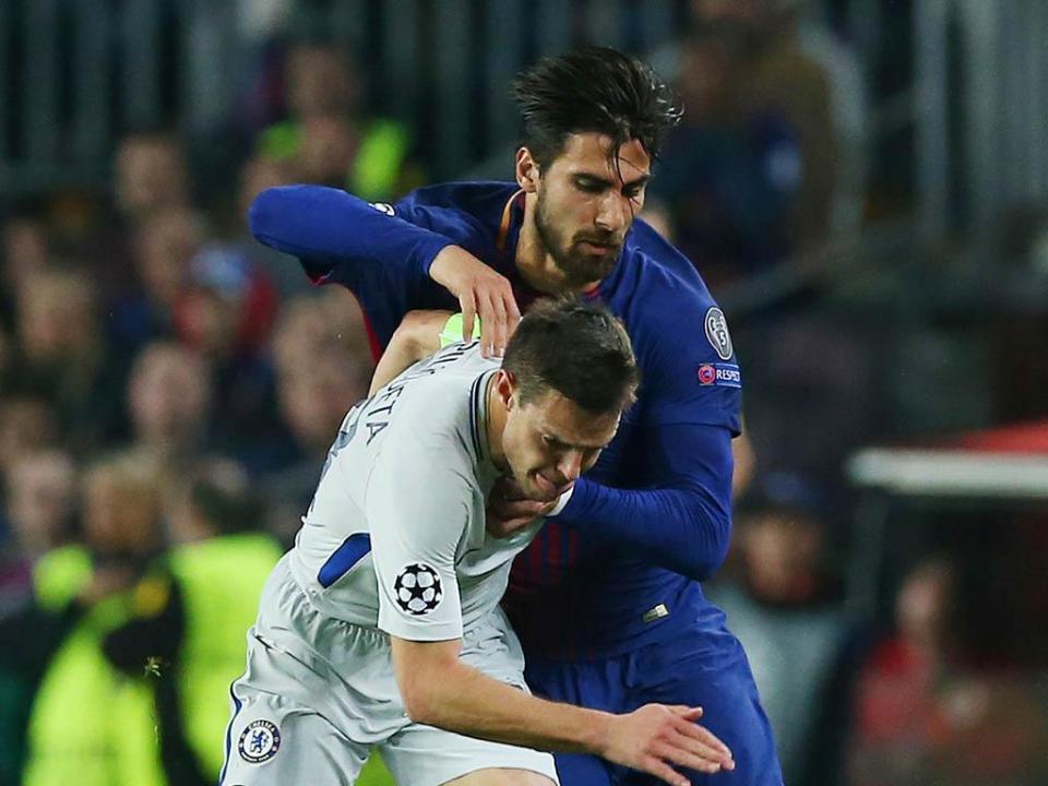Valverde elogia Messi e André Gomes: «Deu um passo em frente»